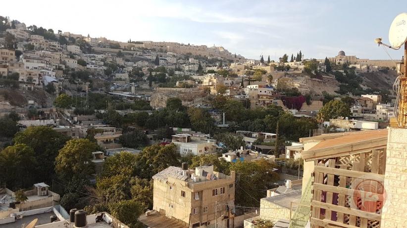 طواقم بلدية الاحتلال تقتحم بلدة سلوان