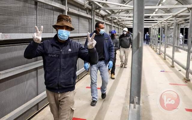 شاهر سعد يدعو لمعاملة العمال على قدم المساواة مع العامل الإسرائيلي