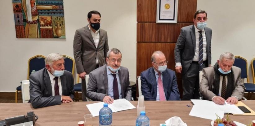 البوليتكنك وشركة المجمع الطبي العربي يوقّعان مذكرة تفاهم لإنشاء مجمع العزة الطبي