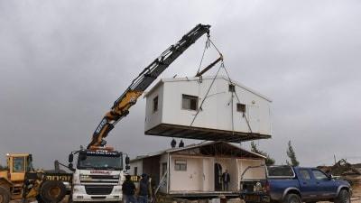 تقرير- بينيت يتعهد بمواصلة البناء في المستوطنات