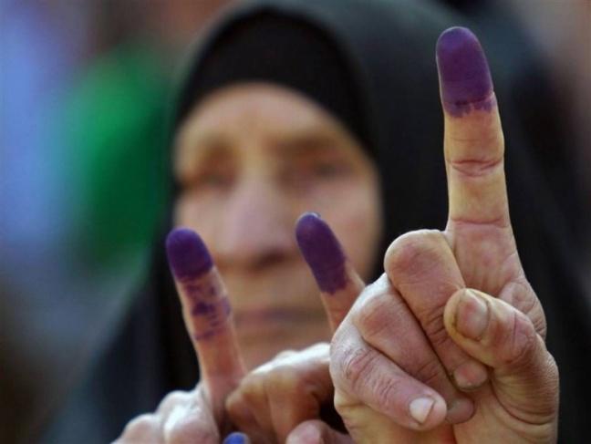 الرئيس يؤجل انتخابات النقابات والاتحادات
