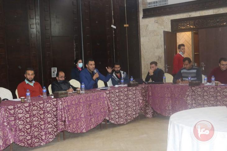 نقابيون يطالبون  بإدراج ممثلي العمال والخريجين والشباب في قوائمهم الانتخابية