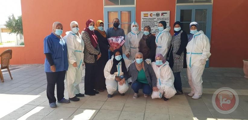 بمناسبة الثامن من آذار- حماية المرأة بأريحا تكرم موظفات المديرية وبيت الأجداد