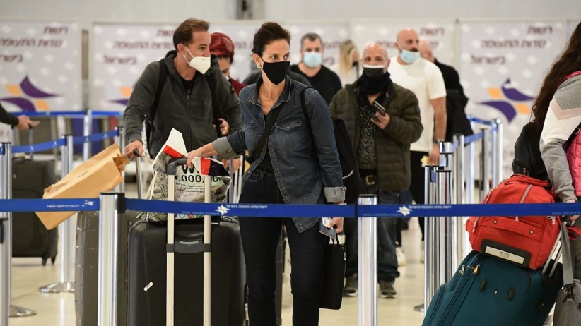 مئات الاصابات: اكتشاف طفرة جديدة من فيروس كورونا في إسرائيل