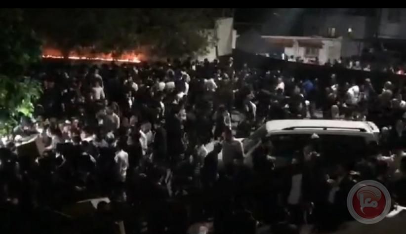آلاف المستوطنين يقتحمون كفل حارس