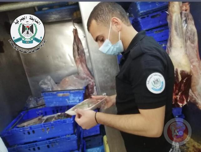 ضبط ملحمة تبيع اللحوم المجمدة على أنها طازجة في بيت لحم