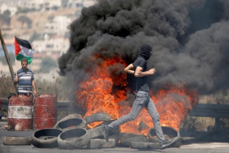 يوم دام بالضفة.. 11 شهيدا و1334 إصابة برصاص الاحتلال