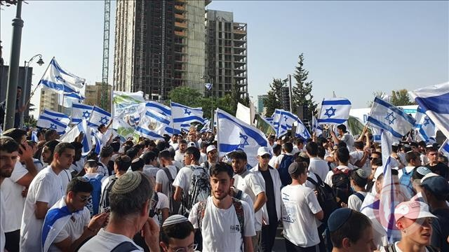امريكا قلقة والشرطة تعقد جلسة تقييم- اسرائيل تقول الوضع متفجر ومطلوب اتخاذ قرار