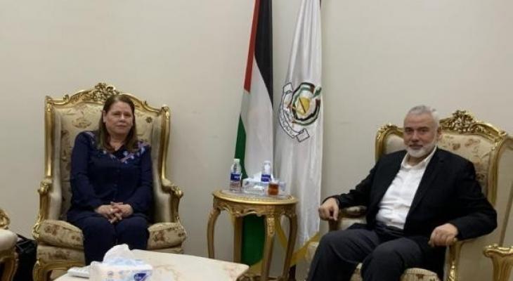 هنية يستقبل في القاهرة زوجة الأسير القائد مروان البرغوثي