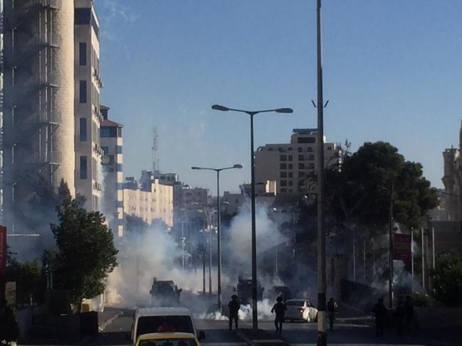 بيت لحم :قوات الاحتلال تقمع مسيرة تضامنية مع القدس