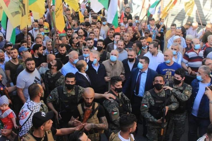 وقفة جماهيرية حاشدة في مخيم عين الحلوة دعما للسلطة الفلسطينية