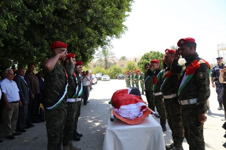 """مراسم استقبال رسمية لجثمان الراحل عضو """"التنفيذية"""" الأسبق محمد ملحم"""