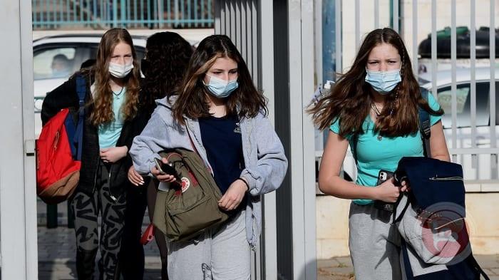 الأرقام لا تنخفض: اسرائيل تسجل 10 الاف اصابة بالكورونا