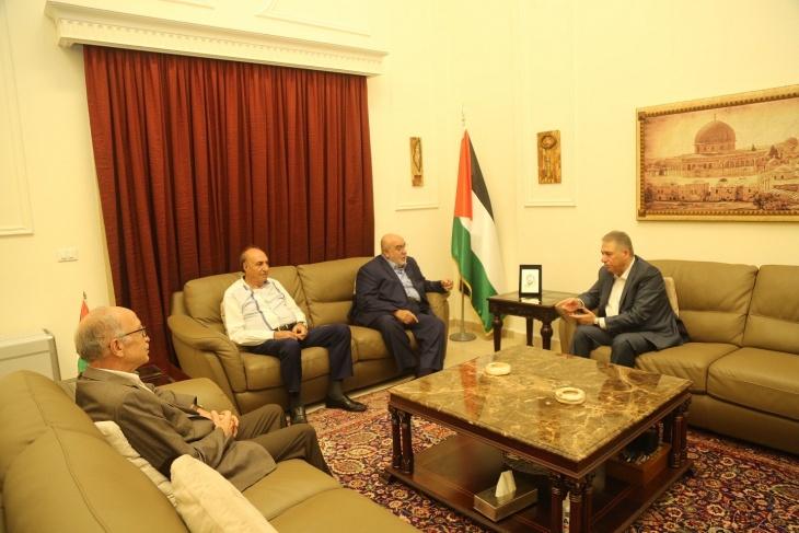 السفير دبور يلتقي العميد مصطفى حمدان