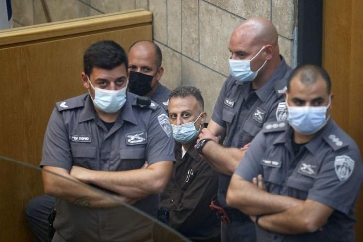 الشرطة الإسرائيلية توجه تهما للأسرى تصل عقوبتها الى 20 عاما