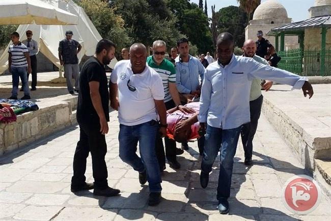 فيديو وصور- إصابات واعتقالات خلال اقتحام الأقصى