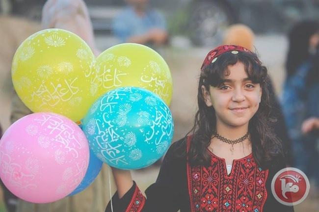 مركز الفلك الدولي يحدد موعد عيد الفطر في دول عربية وإسلامية