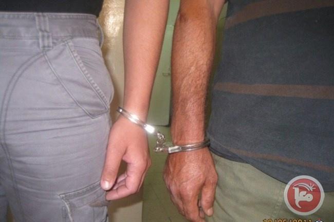 الشرطة تضبط سلاح ناري وتقبض على مطلوب خطير في في بيت لحم