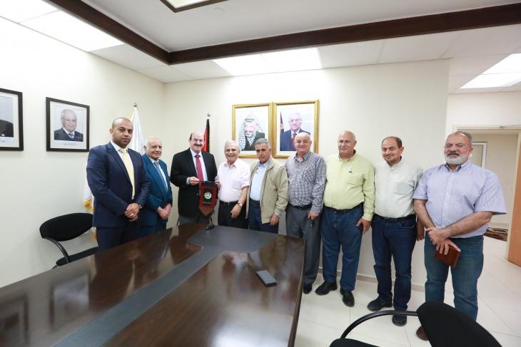 """تعاون بين""""القدس المفتوحة"""" والصندوق العربي للإنماء الاقتصادي والاجتماعي"""