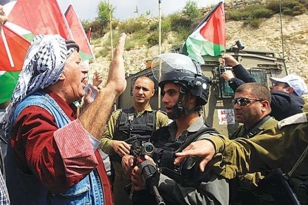 اللجان الشعبية تؤكد ضرورة مشاركة فتح وحماس في المقاومة الشعبية