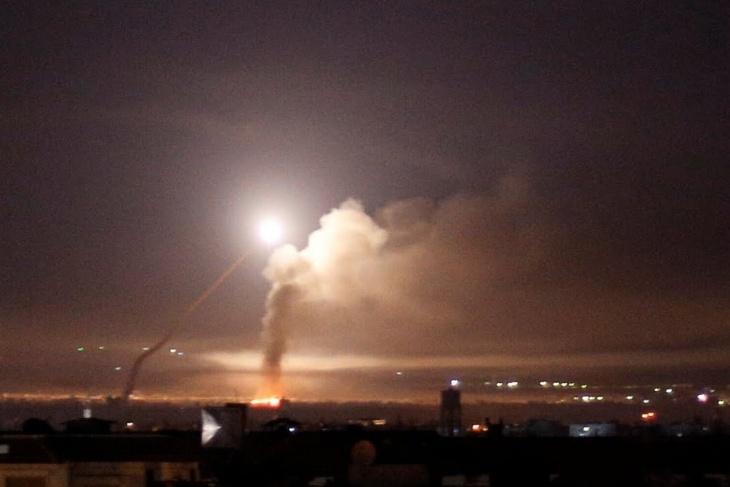 طائرات الاحتلال تقصف مواقعا في العاصمة السورية