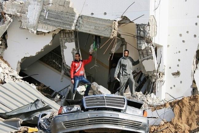 غزة تبدأ الأحد توزيع أموال المساعدة القطرية