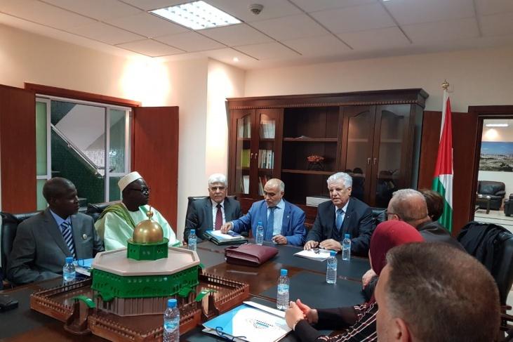 السفير الشوبكي يلتقي بوفد رابطة برلمانيون لأجل القدس